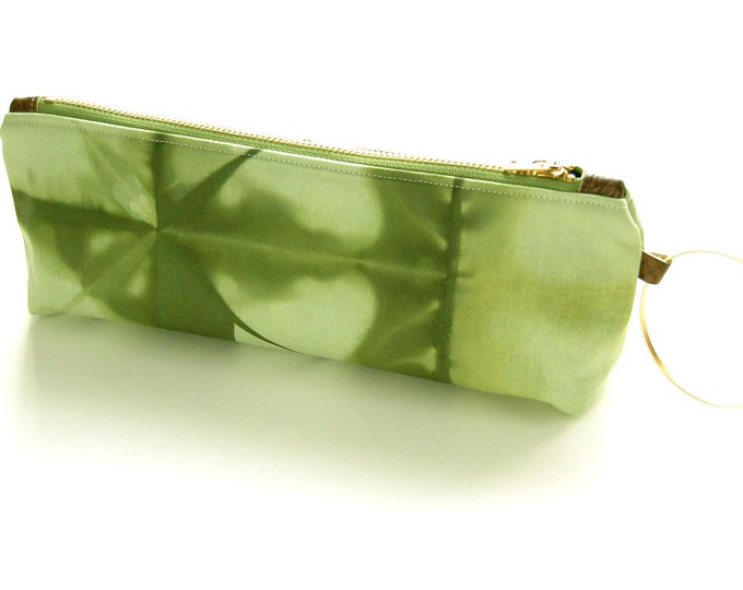 100% Organic Cotton Shibori Clutch - Green Shibori Wristlet Clutch - Deep Moss
