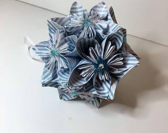 Small Kusudama Flower Ball Ornament (Snowflakes V12)