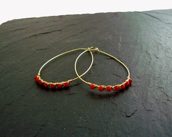 Big hoop earrings with coral, oval hoops, 14k gold filled earrings, coral earrings, gold hoops, gift, mother gift, coral earrings