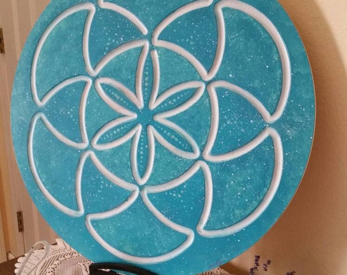 Turquoise Sea-d of Life Finger Labyrinth