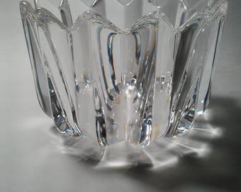 "Orrefors Sweden Crystal Bowl in ""Fleur"" Pattern, designed by Jan Johansson - 3.5"" x 4.7"""