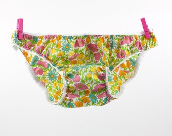 Panties  in Liberty Poppy & Daisy for little girls from 2 to 10 years old.