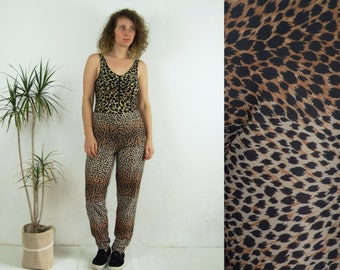 90's vintage women's leopard printed high waisted brown pants