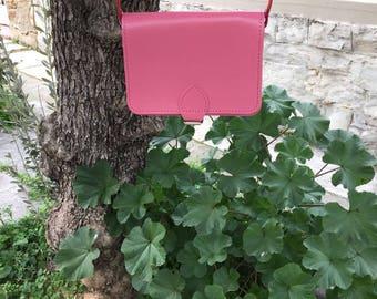 Pink leather messenger bag, Sac Seau Cuir, Leather messanger bag, Leather cross-body women, Cross body bag, Pink bag, Ophelia pink small