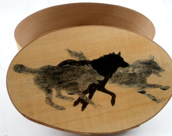 Shaker oval box with wolf pack inlay wolves jewelry box decorative basket marquetry veneer