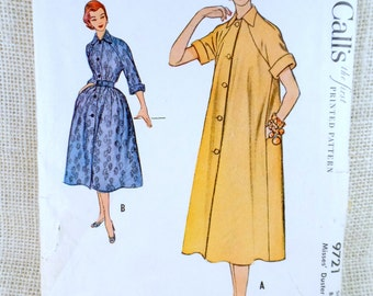 Vintage Pattern McCall's 9721 housecoat housedress Robe 1950s Lucille Ball New Look Bust 32 Duster dress Brunch Coat