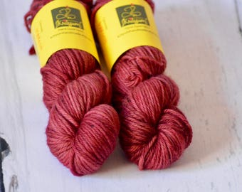 Hand dyed yarn - Bulky weight - Maroon