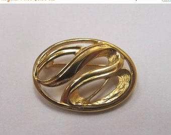 ON SALE TRIFARI Gold Tone Small Swirl Pin Item K # 343