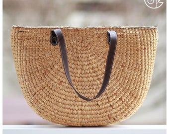 Handwoven straw basket purse, straw beach bag, beach bag tote, straw handbag, straw tote, straw market tote (Caitlyn straig
