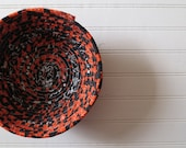"7"" Coiled Fabric Bow..."