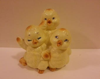 3 Chicks Ceramic Coin Bank