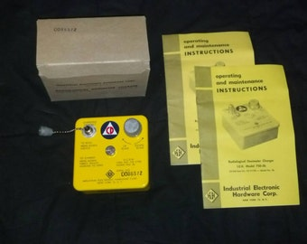 Cold War Era, Civil Defence Radiological Dosimeter Charger CDV-750 Model 5b new old stock (1964)