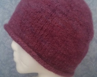FELTED Cloche in Raspberry Blue-Faced Leicester Wool