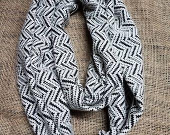 Black and white zig zag print infinity scarf