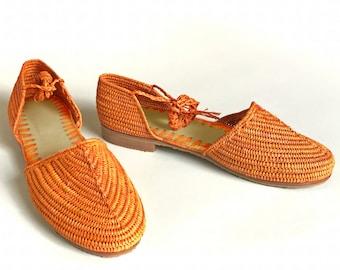 Orange Shoes. OrangeLace-up. Orange sandals. Orange Raffia shoes. Orange Raffia Sandals. Sandales Oranges. Sandalias Naranjas. Vegan
