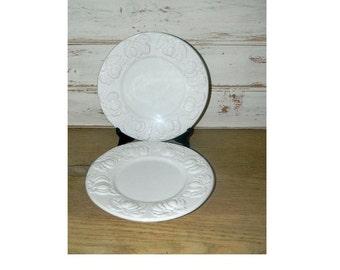 Pair of White Embossed Plates - IDG - Pumpkins