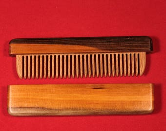 Comb in a case - old pine