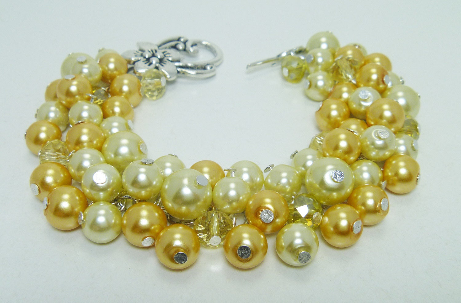 in ring pearls estate yellow pearl gold