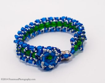 Cobalt Blue and Forest Green Lace Bracelet (650-750 Beads)