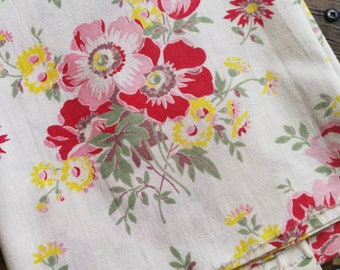 40s Cotton Fabric, Vintage French Fabric, Vintage Floral Fabric, 40s Floral Print, French Florals, Delicate Old Fabric Print, French Fabric