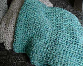 Bulky chunky crochet blanket - Seaglass (Turquoise/Aqua color)