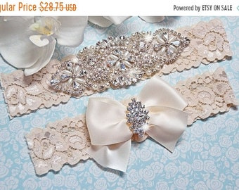 ON SALE Wedding Garter Set, Wedding Garter, Garter, IVORY Lace Wedding Garter Set, Ivory Bridal Garter Belt, Crystal Garter Style -505