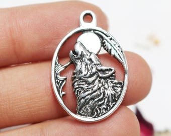 set of 25, howling wolf charm, antique silver charm, metal charm, 28mm x 20mm, charms wholesale, wolf and moon charm, sacred moon charm,