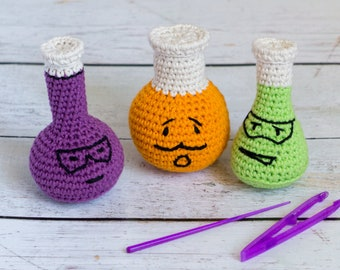 Chemistry flask set soft baby rattles - science nerd baby toys - conical flask, round bottomed flask and measuring flask - amigurumi crochet