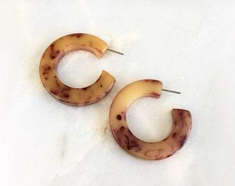 Vintage Bakelite Marble Swirl Hoop Earrings