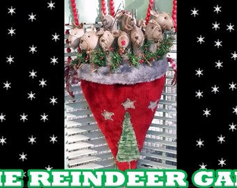 Primitive Christmas Pattern Epattern PDF Tutorial Video Reindeer Santa Claus Hat Christmas Tree Hickety Pickety