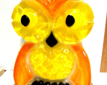 Vintage Owl Kitch Napkin or Letter Holder Colorful Yellow Orange Detailed Resin Retro 1969 New Designs Inc.