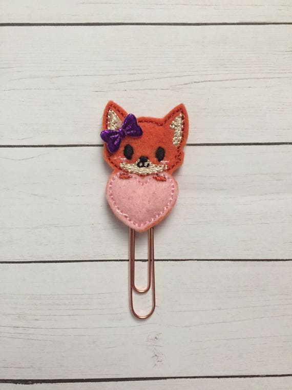 Fox with heart Clip/Planner Clip/Bookmark. Woodland Fox Planner Clip. Fox Planner Clip. Heart Planner Clip. Fox Love Planner Clip