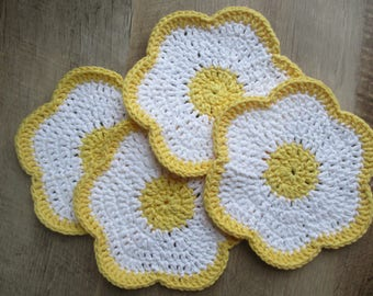 Set of 4 Floral Washcloths or Dishcloths: Yellow and White