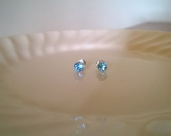 Blue topaz stud earrings; sterling silver blue topaz earrings; sky blue topaz stud earrings; natural blue topaz earrings