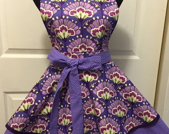 """Vibrant Floral and Chevron Double Tiered Woman""""s Twirly Full Apron"""