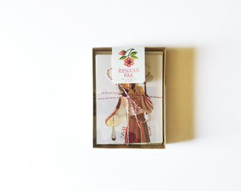 Limited Edition - boxed set of 8 greeting cards + envelopes