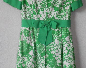 Saks Fifth Avenue Vintage women's short sleeve dress floral pattern white green/ vintage dress for spring/boat neck ribbon/size 12
