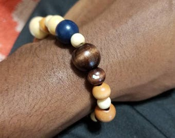 Brown bracelet  with blue accent