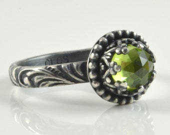 Peridot Ring in Sterling Silver, Green Faceted Peridot Stone, Promise Engagement Solitaire Ring