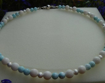 Necklace with white coral and Larimar, a beautiful summer!