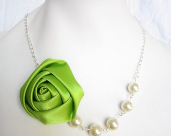 Silk Ribbon Fabric Rosette Flower Necklace,Color Green Necklace,Pearl Necklace,Party Bridesmaid Necklace,Love Gift
