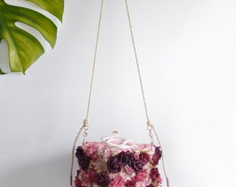Sac panier de Rosie fleur - en vente 15 % de rabais rouge floral petit sac à main