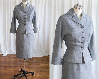 Maitland suit | vintage 50s skirt suit | navy houndstooth wool fitted 50s suit | 1950s nipped waist suit | 1950s blue wool suit | Youthcraft