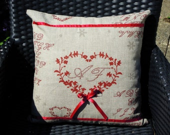 "CUSHION ""my heart speaks to you"" printed linen and satin ribbons. Size 40X40cm"