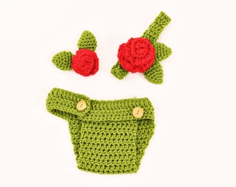 Gently Used Green Crochet Diaper Cover with Matching Headband and Flower Accessory for Newborns/Newborn Photography