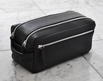 Exquisite XL Leather Toiletry Bag