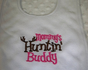 Mommy's Huntin Buddy White with Hot Pink Bib- Perfect for the Little Hunter - Baby Girl Hunting Bib - Pink Mommy's Hunting Buddy - Pink Camo