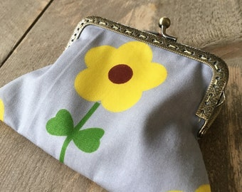 Nice, fabric wallet with flower!