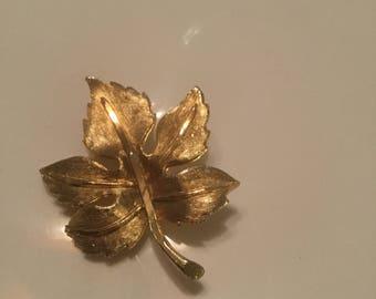 Oversized Gold Leaf Pin vintage Estate