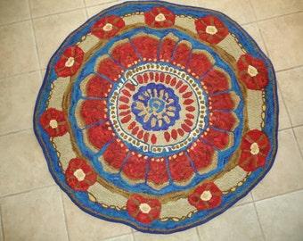 """Medallion 48"""" rug hooking pattern on primitive linen"""